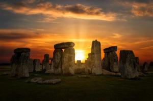 stonehenge-4614639_1280